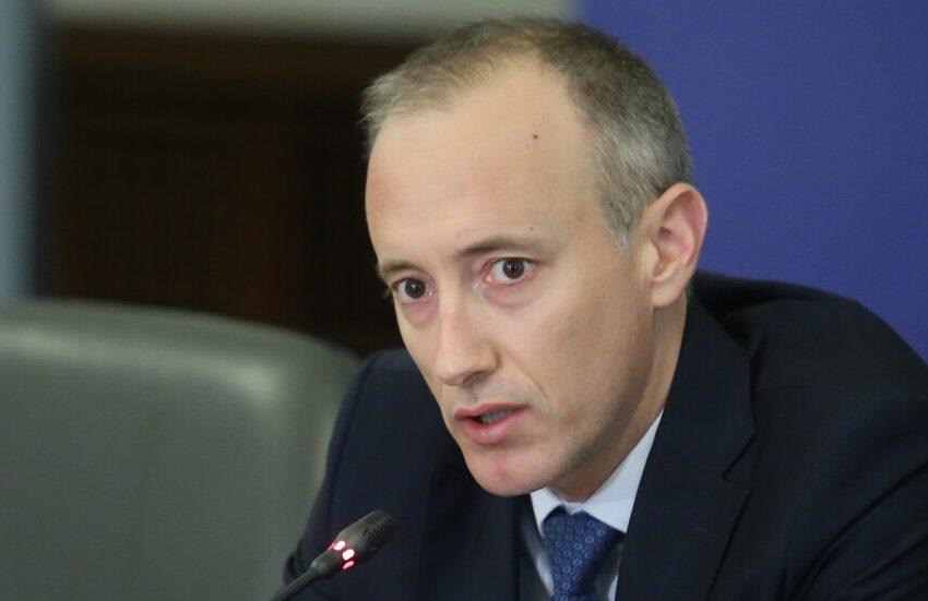 Министър Вълчев: Ако ромите ходят на детска градина, ще имат образование и смислен живот