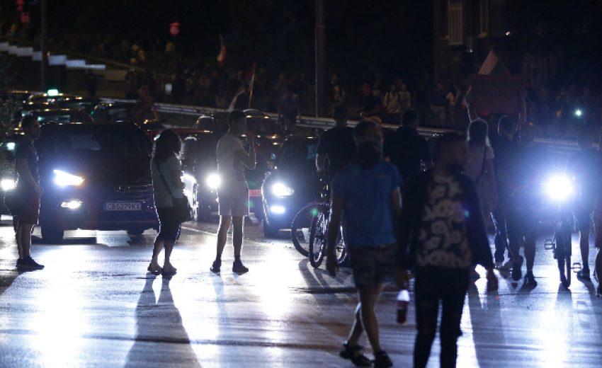 Напрежение между демонстранти и шофьор в 40-ия ден на протести в София