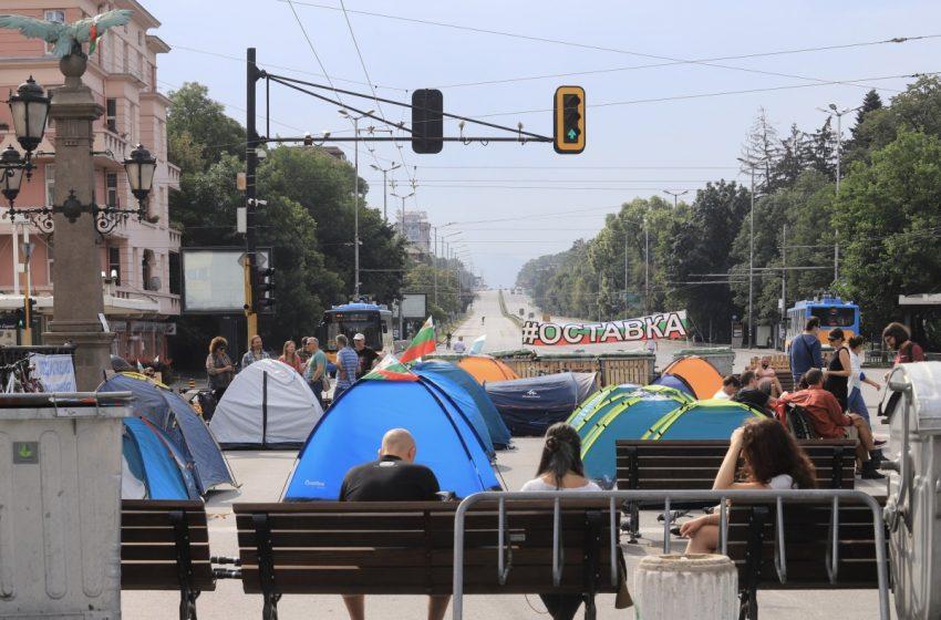 Протести в София срещу правителството продължават