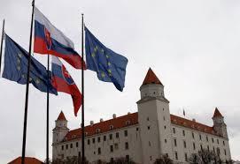 Словакия гони трима руски дипломати, Русия ще отвърне със същото