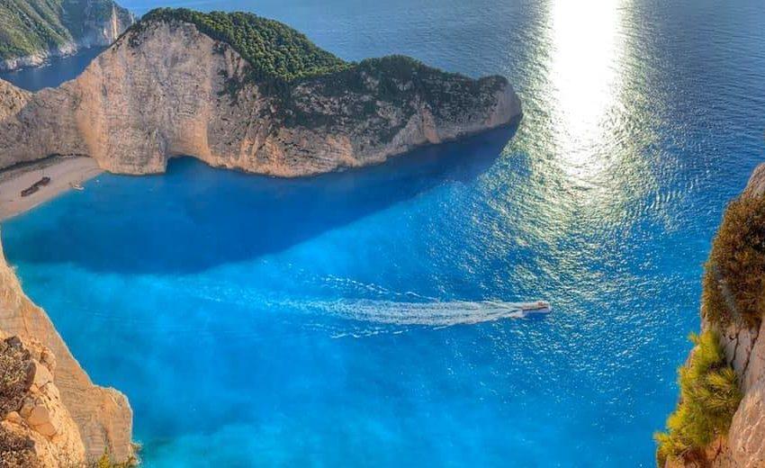 О-в Самос се е издигнал с 15-25 см над морето след силния трус