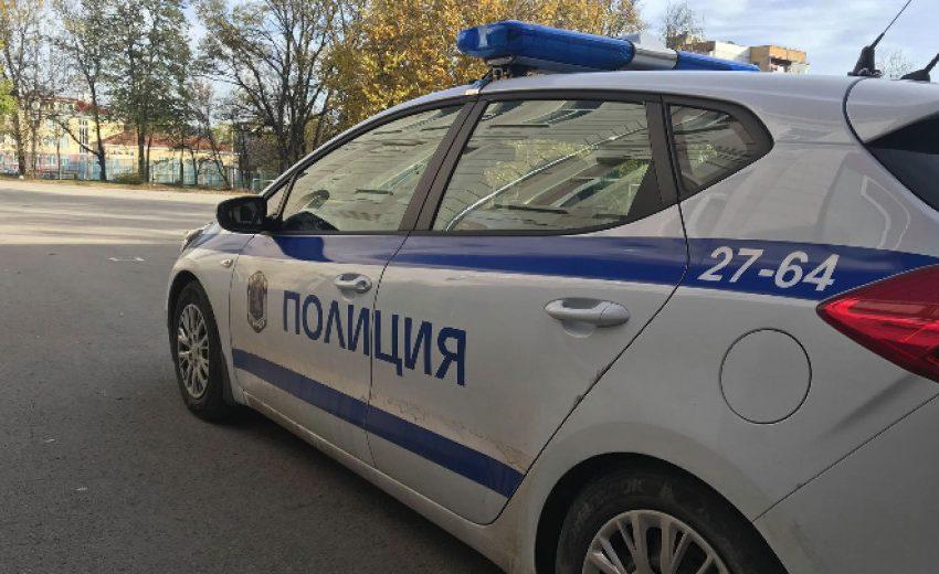 Линейка и кола се удариха близо до НДК