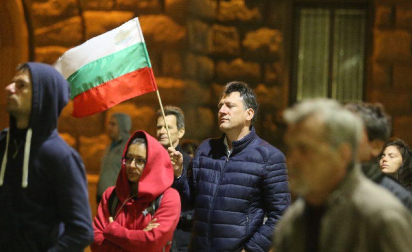 Протестиращите в София поискаха оставката на Валери Симеонов