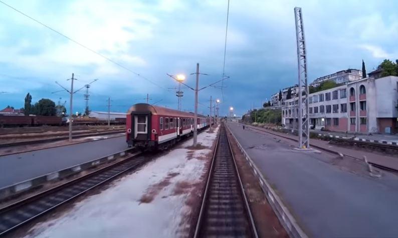Пожар във влака София-Бургас, евакуираха пътници