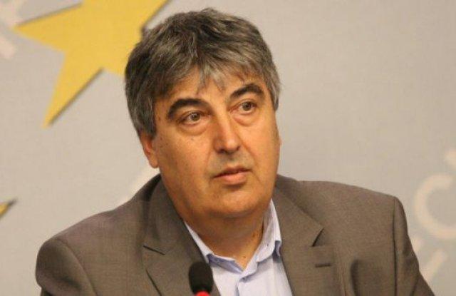 Груби манипулации при избора на председател на БСП оставка на член на партийния ЦИК