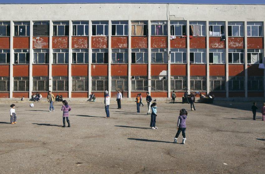 Бежанският център на Военна рампа – огнище на коронавирус