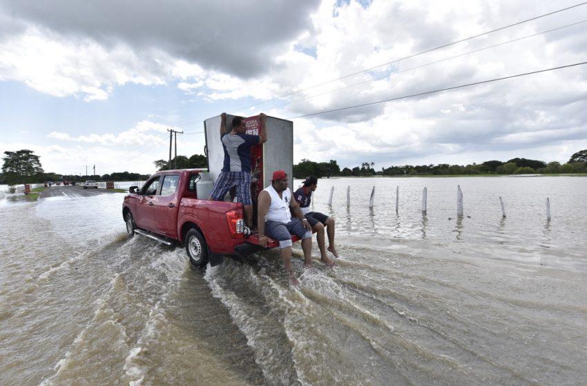 Тропическа буря отне 5 живота в Мексико