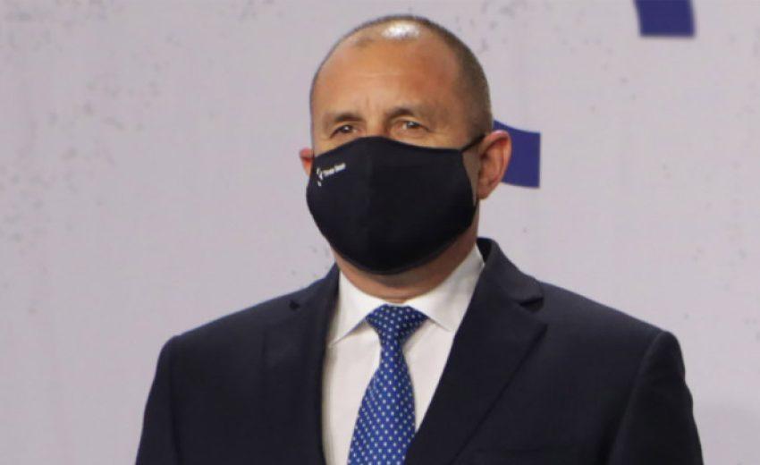 Радев отвърна на Борисов за Навални
