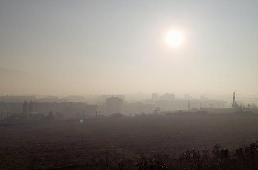 Мръсен въздух с три пъти над нормата на ФПЧ в три квартала на София