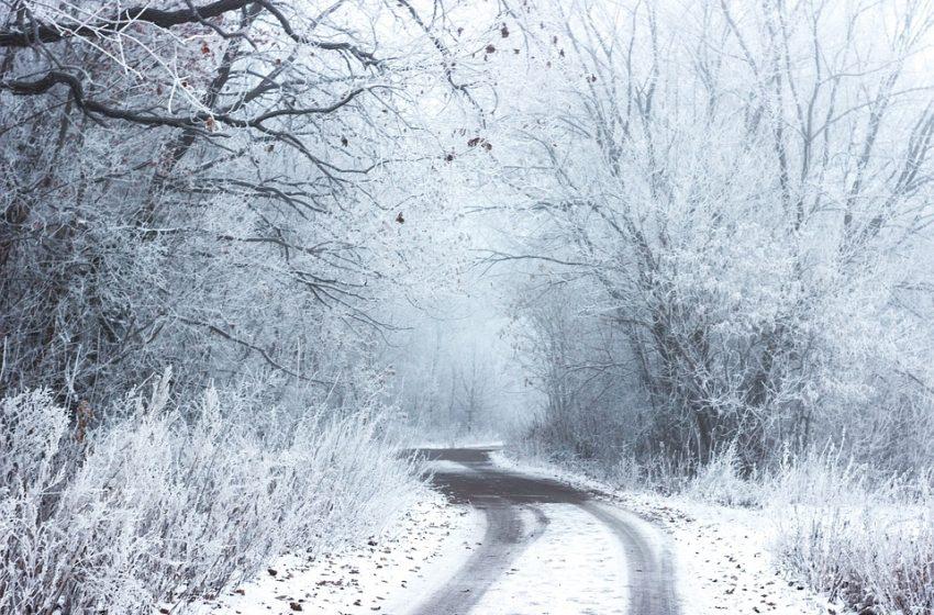 Затворен е пътят Силистра-Русе заради снеговалежа