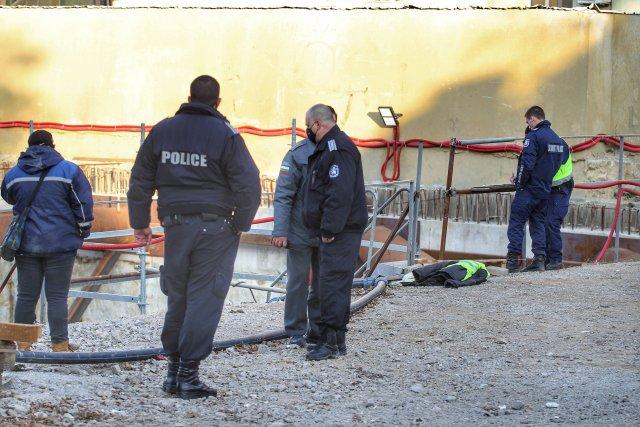 """Арматура уби човек и рани четирима на пазара """"Димитър Петков"""""""