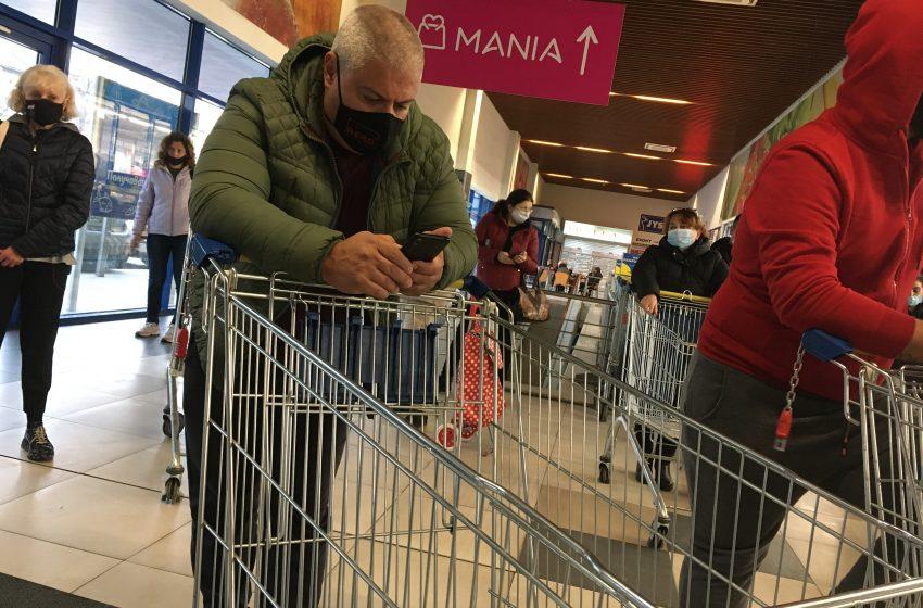 Търговските вериги и бизнесът искат да отпадне зеленият коридор за пенсионерите
