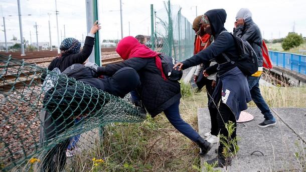 Великобритания и Франция в борба с незаконната миграция през Ламанша