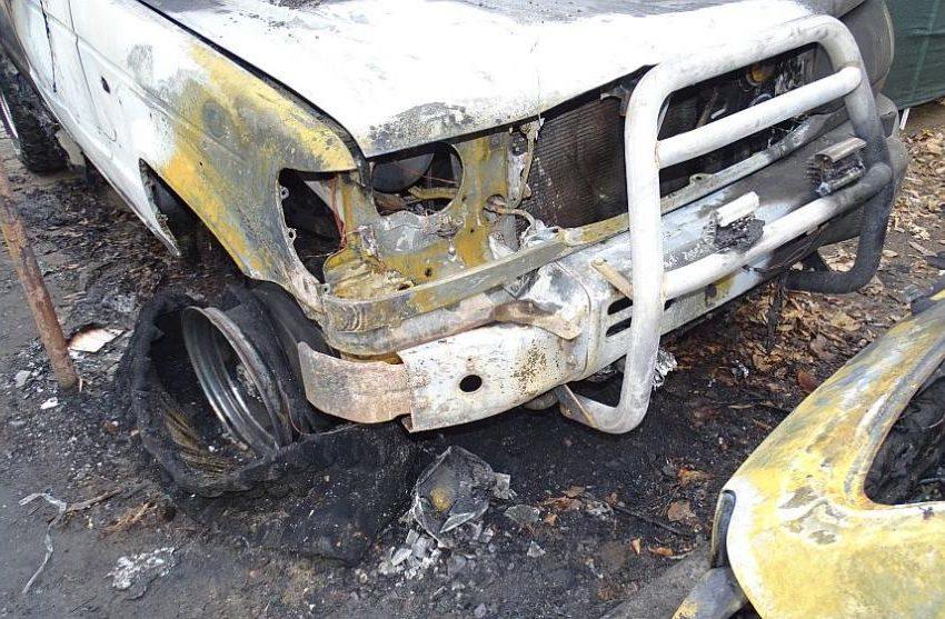 (СНИМКИ) Изгоряха 7 автомобила и каравана в Благоевград