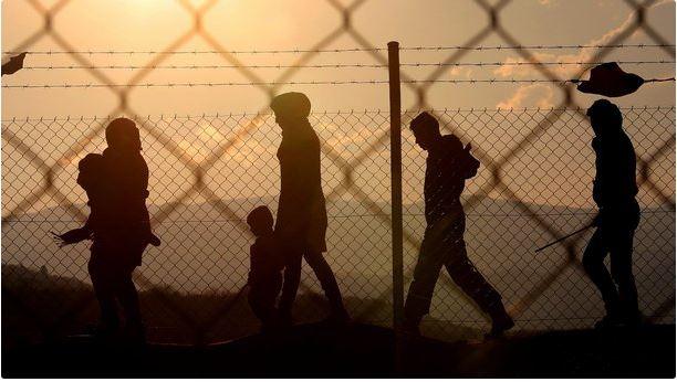 Бежанци се оплакват, че били бити и ограбвани от български полицаи
