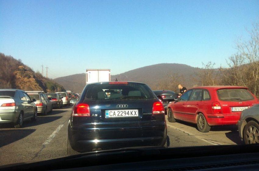 Пътната полиция очаква засилен трафик в посока София