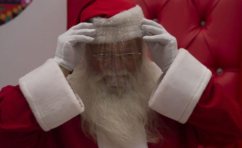 Дядо Коледа потегли на пътешествието си по света за раздаване на подаръци