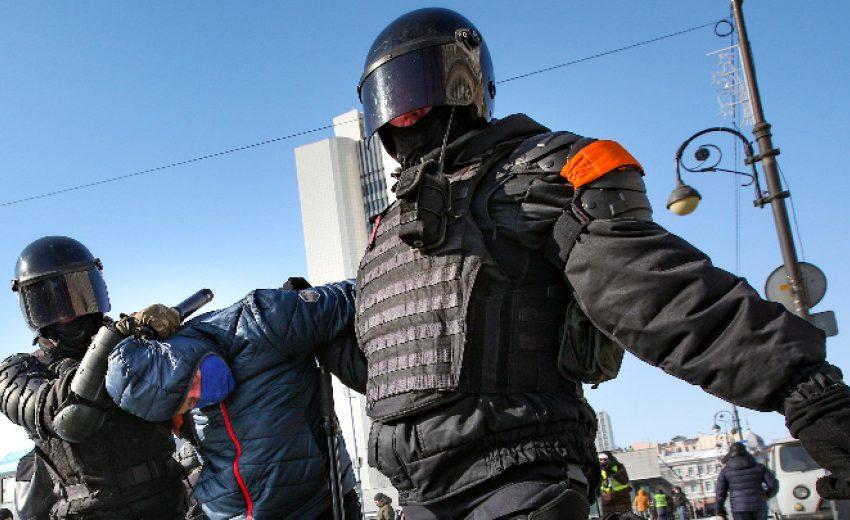 Арести на нови протести в подкрепа на Навални в Русия