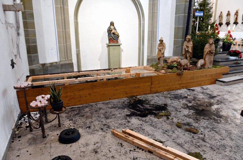 Експлозия в нидерландска църква, която не спазва коронавирусните ограничения